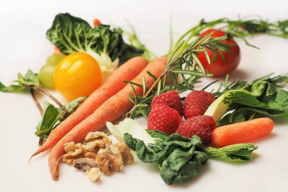 Haupthema: Gesund essen kann so einfach sein! | Rezept: Knuspermüsli | Geschichte: Die 9-Kuh Frau